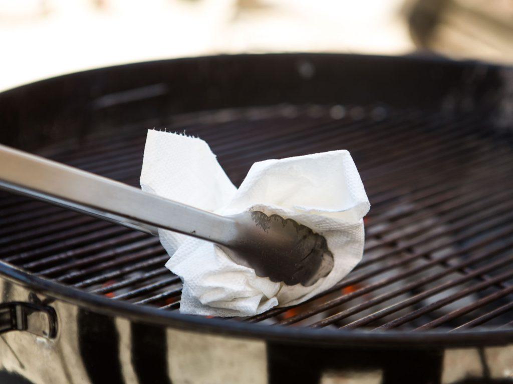 Enlever La Rouille Sur Une Grille De Barbecue ?comment nettoyer votre barbecue ? - achetezlemeilleur