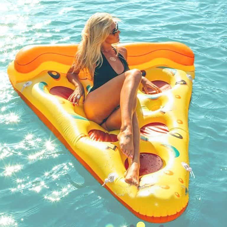 Matelas Géant Tranche de Pizza gonflable