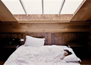 8 bénéfices de la couverture pondérée : Améliorez votre sommeil, réduisez votre anxiété, votre stress et plus encore ! 2