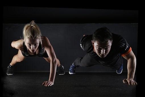 5 exercices faciles pour faire du sport à domicile 2