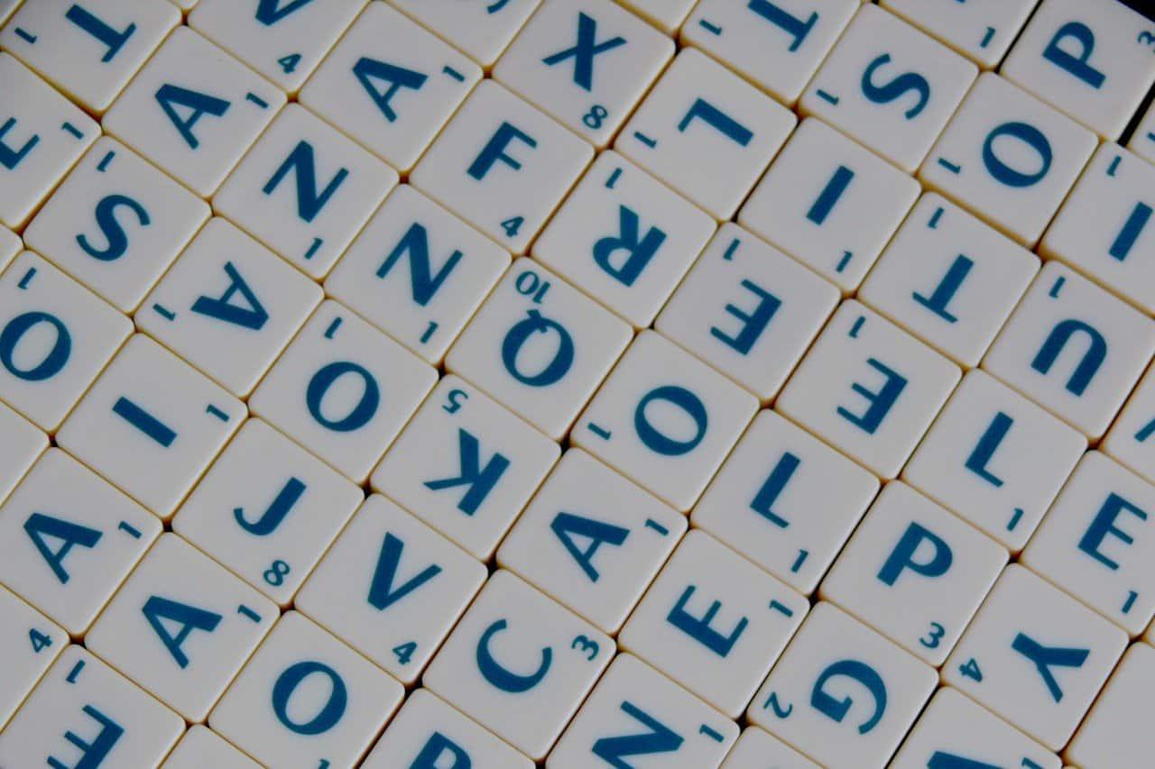 Les Meilleurs Sites Pour Jouer Au Scrabble En Ligne En 2021 Achetezlemeilleur Com Achetez Mieux Et Moins Cher